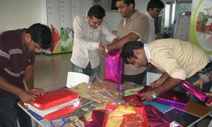 Pune Gift Wrapping